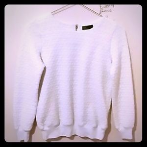 Women's xs sweatshirt with quilted detail.  White.